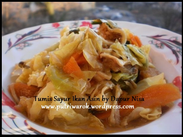 Tumis sayur ikan asin