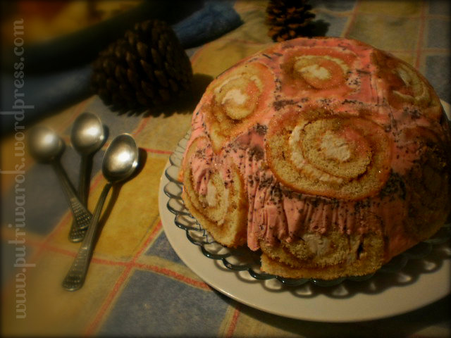 """Swiss Roll Ice Cream Cake"" by nisa tsvetkova"