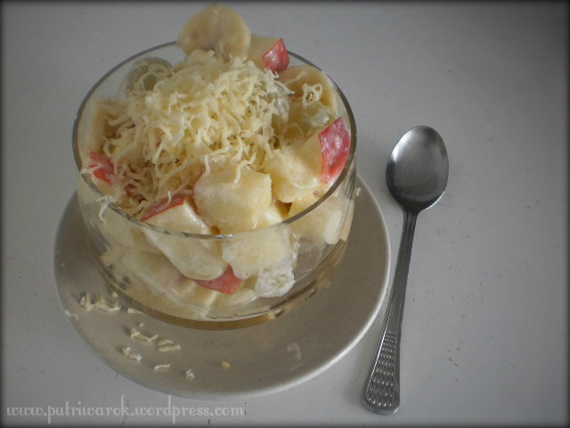 Salad Buah by Nisa Tsvetkova