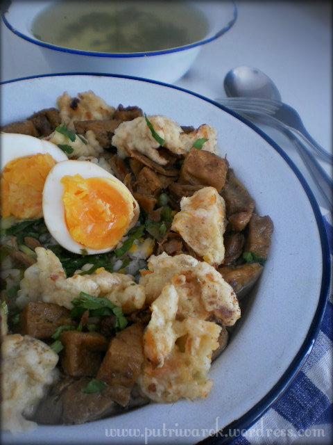 Nasi Bakmoy Ayam by nisa tsvetkova