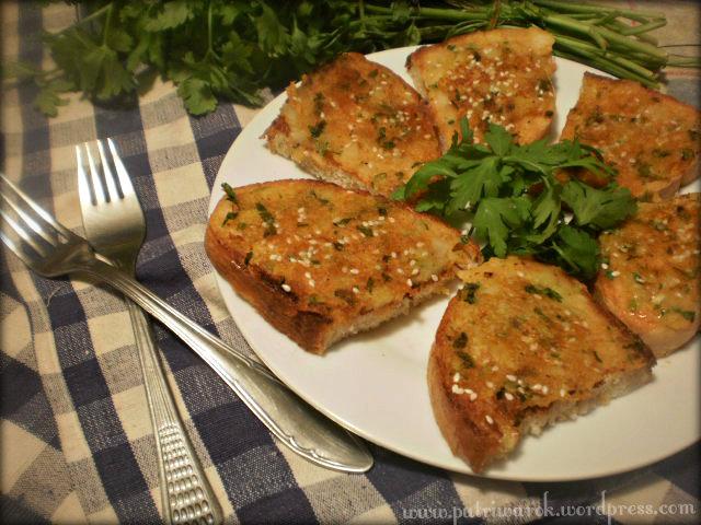 Crispy Potato Sandwich /Sandwich Kentang yg Guriiih (Indian Sandwich Recipe) by nisa tsvetkova