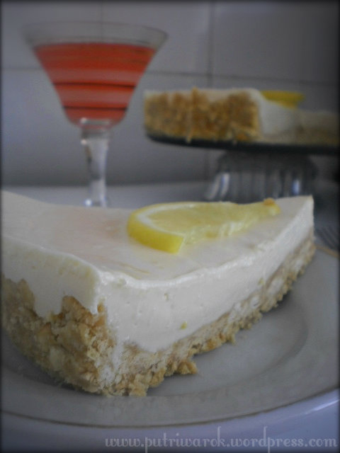 LEMON CHEESECAKE (NO BAKE) by nisa tsvetkova