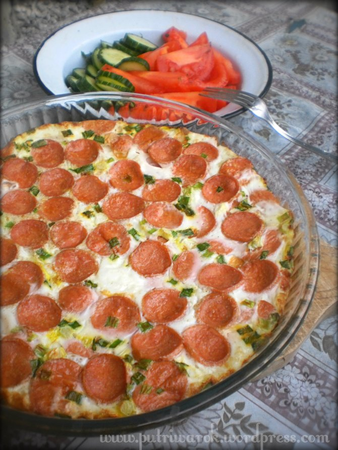 Baked egg white with sausage by nisa tsvetkova