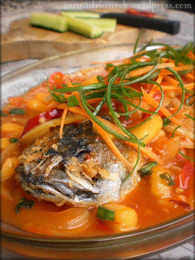 Ikan Tenggiri 3 Rasa (Pedes, Asam, Manis) by nisa tsvetkova