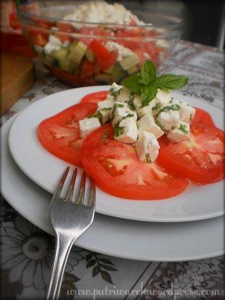 "Salad "" Tomat dengan Keju Putih"" by nisa tsvetkova"