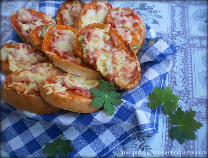 Pizza Roti Tawar by nisa tsvetkova