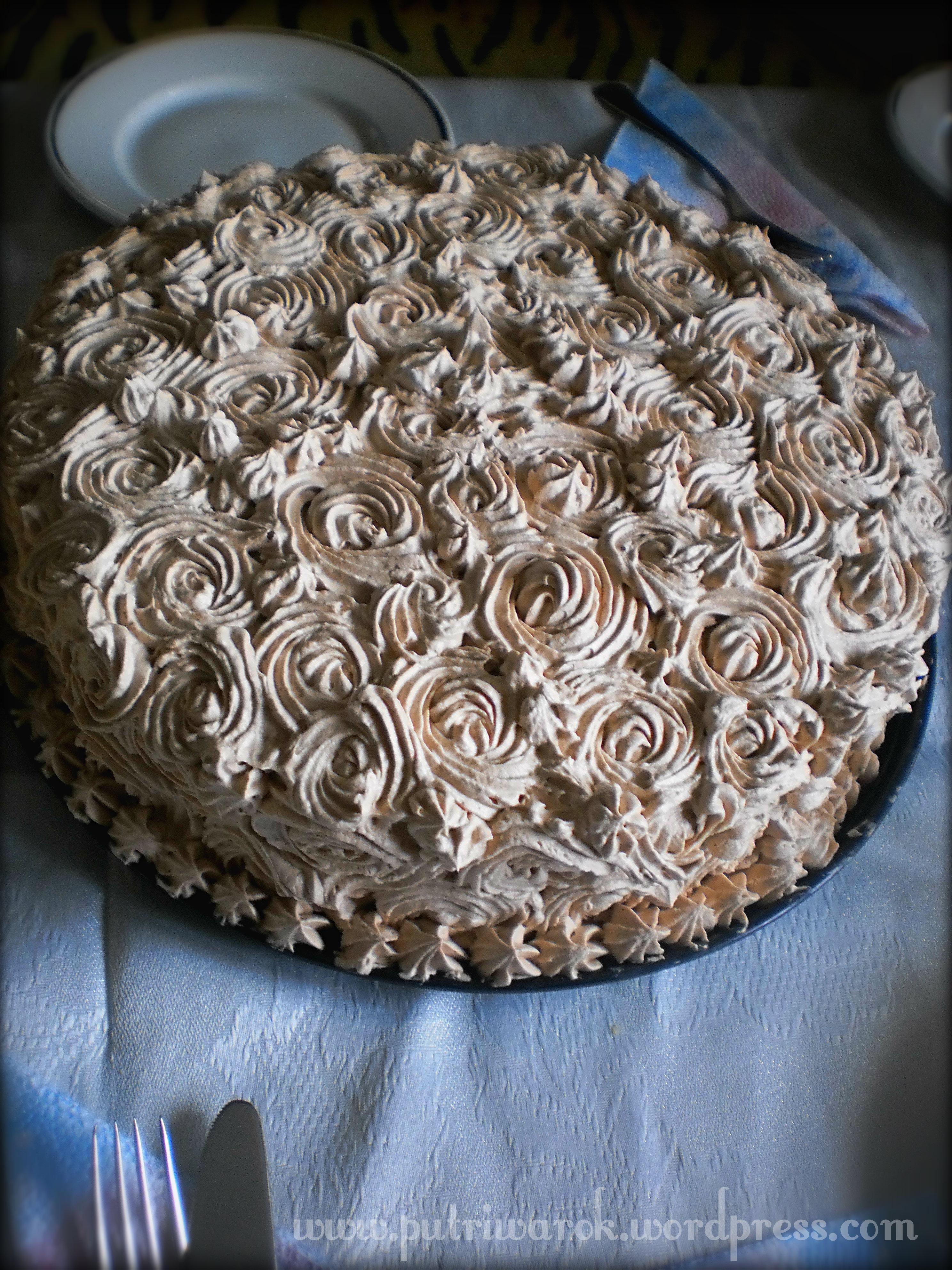 Kue Ulang Tahun Keluarga Tsvetkovi
