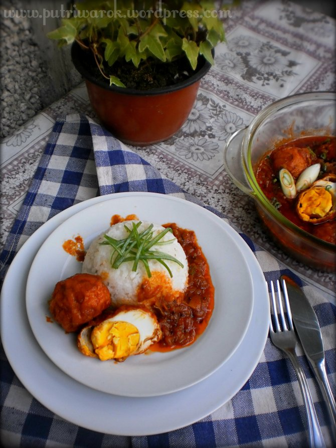 Simple recept of hyderabadi anda egg curry by nisa tsvetkova